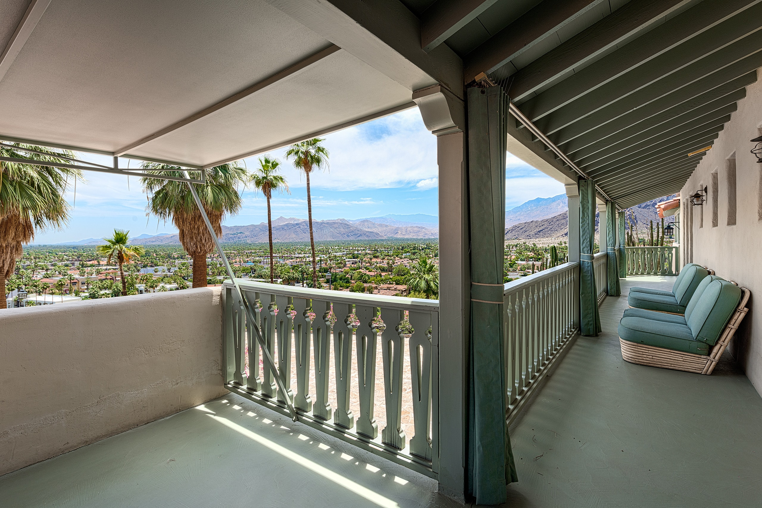 The O'Donnell House is a premiu Palm Springs wedding venue.